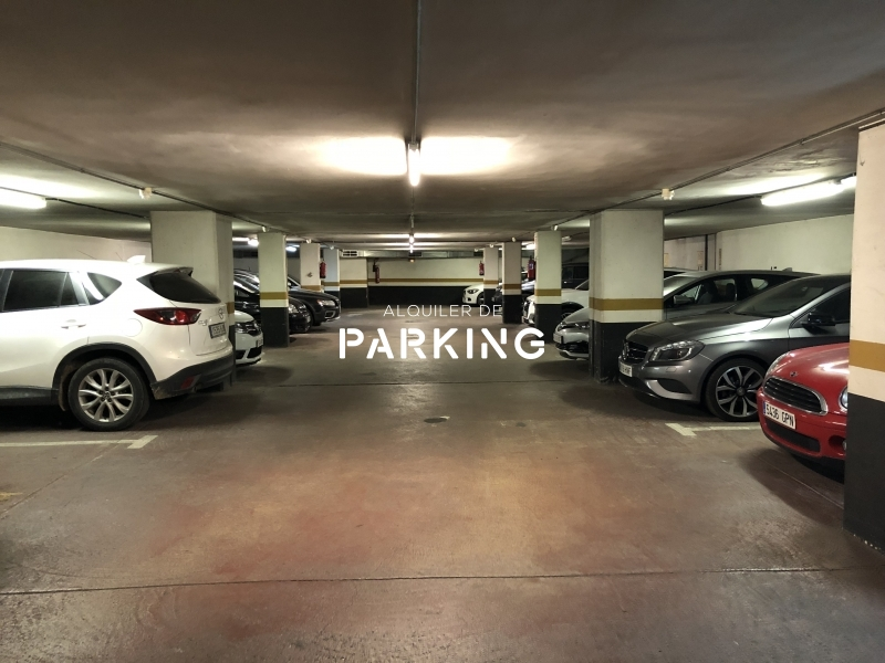Plaza de parking en Turo Park