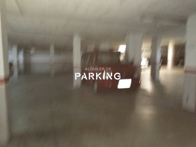 Plaza parking Piera